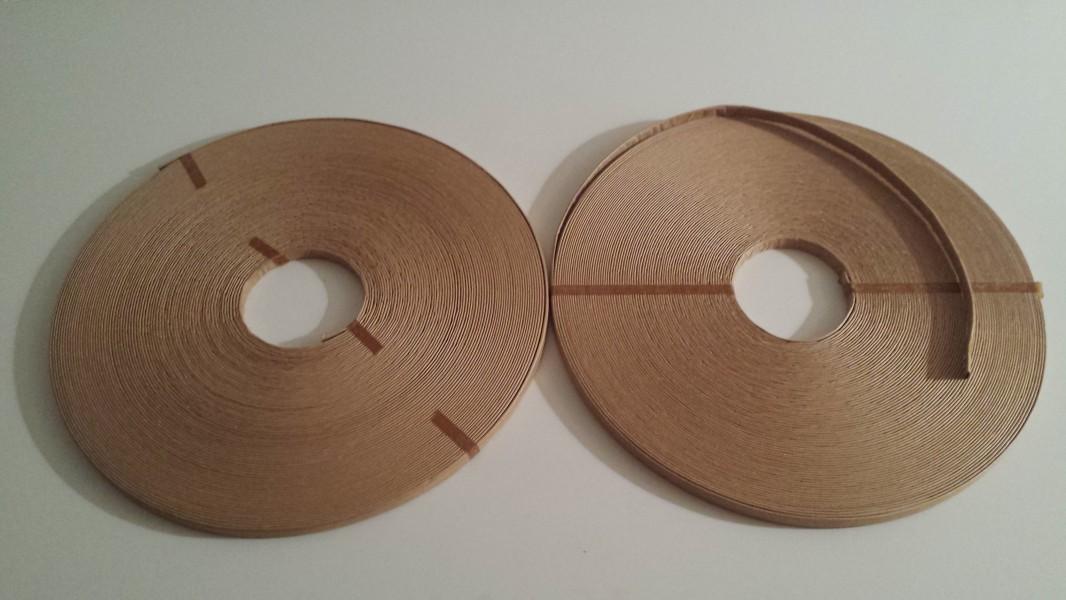 Stopina v papírové komunikační trubici